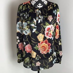 LOFT V-Neck Pull On Floral Print Top Size Small